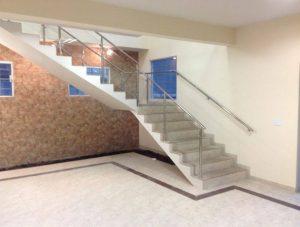 Corrimão de Escada em Vidro Temperado e Aço Inox